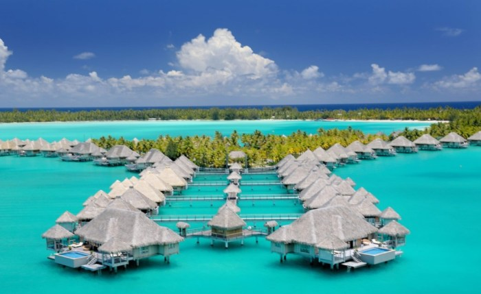 best time to visit bora bora weather