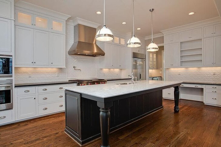 Conventional Black And White Kitchen Island