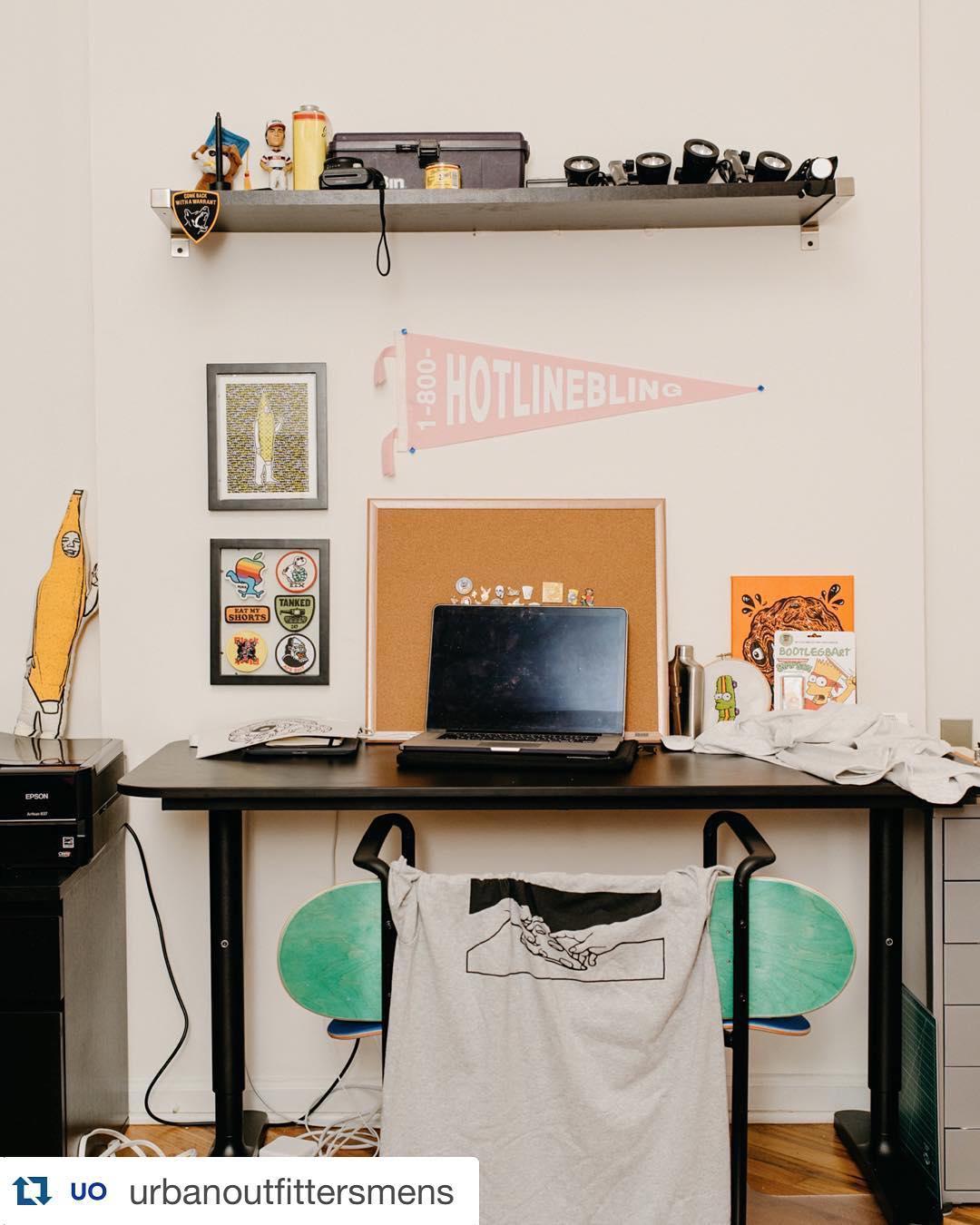 Desk of joeflomontana