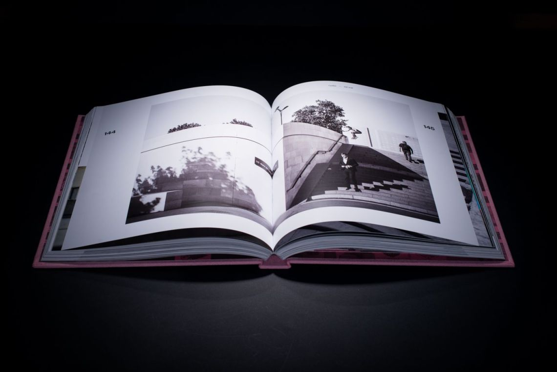 Livre De Paris Yearbook