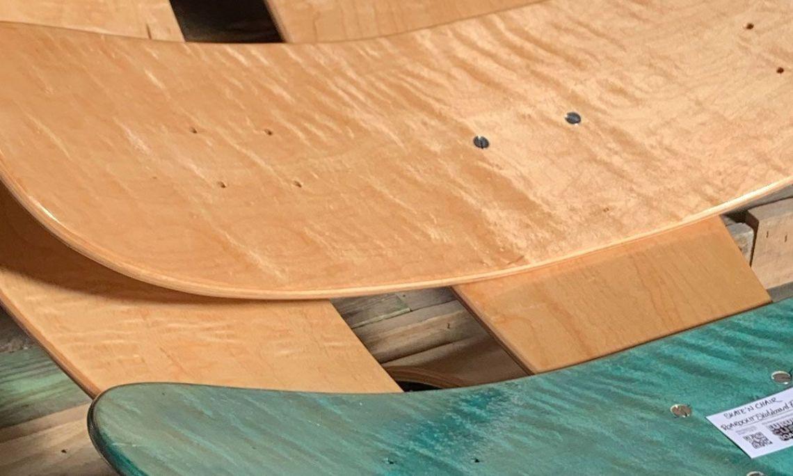 Skate N Chair By Roarockit Europe Pour L European Custom Board Show 4