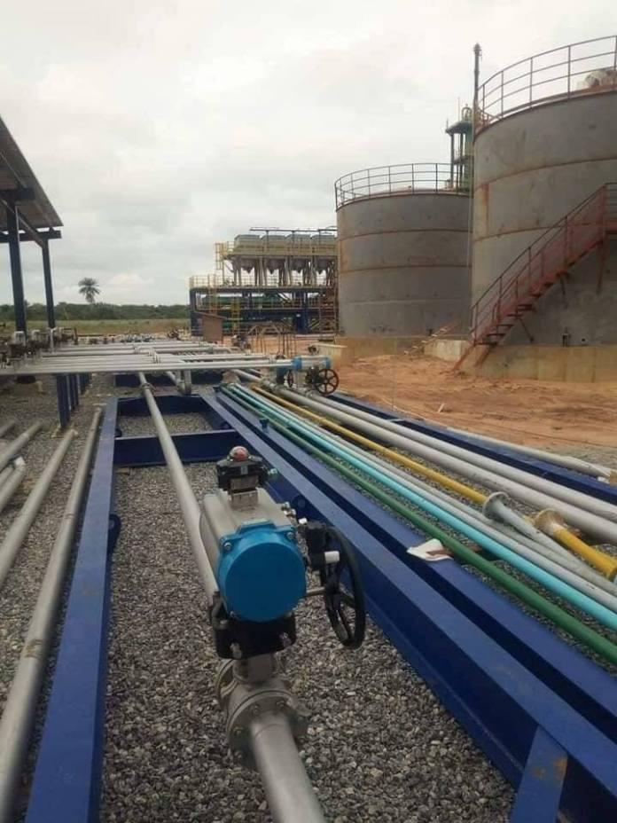 refinery 2
