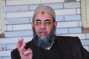 """""""I call on the president to show evidence and refer the case to the judiciary or to apologise to Dr. Khaled Alam Eddin,"""" Younis Makhyoun said. Photo: Younis Makhyoun, leader of the Salafi-inspired Al-Nour Party (DNE/ Hassan Ibrahim)"""