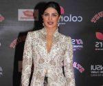 priyanka chopra stardust awards 2016