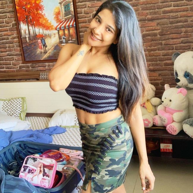 Sakshi Agarwal Tamil Actress Photos