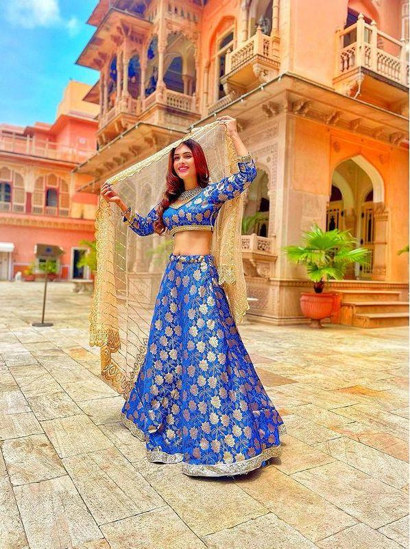 Neha-Malik-Blue-Lengha