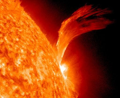 220628-solar-flare-how-to-plan-for-thursday-s-sun-storm