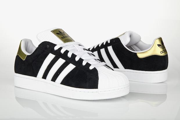 official photos d001c 09441 adidas Originals Superstar II (Black/White/Gold)