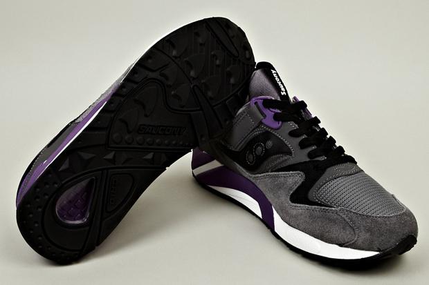 Saucony-Grid-9000-Grey-Purple-02