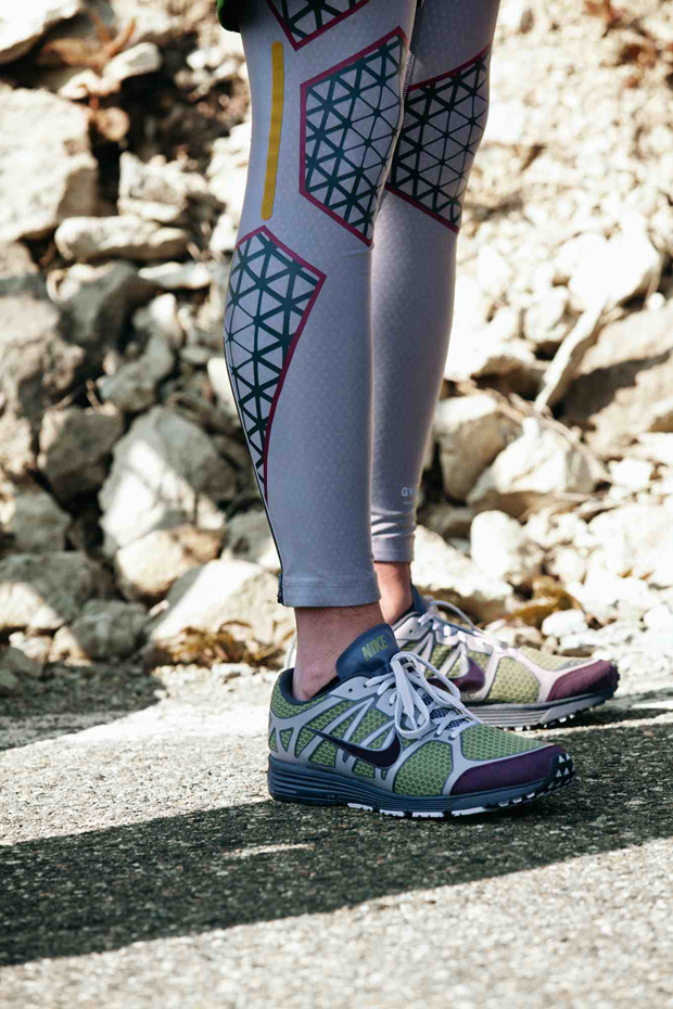 Nike-Undercover-GYAKUSOU-Holiday-2012-01