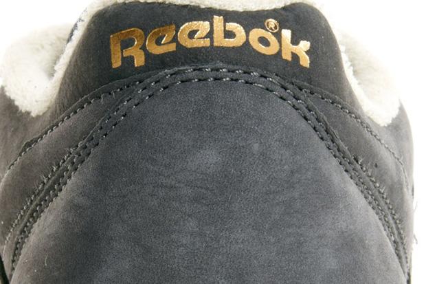 a23f5a7a5cf924 Reebok Workout Plus Vintage (Soft Black   Burgundy)