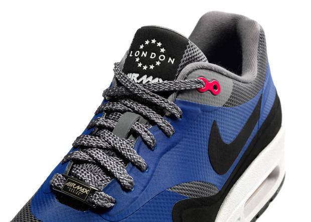 Nike Air Max HomeTurf Series 14