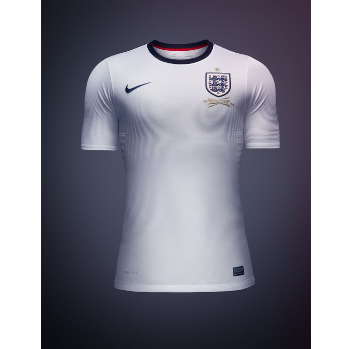 Nike announce first England football kit 03