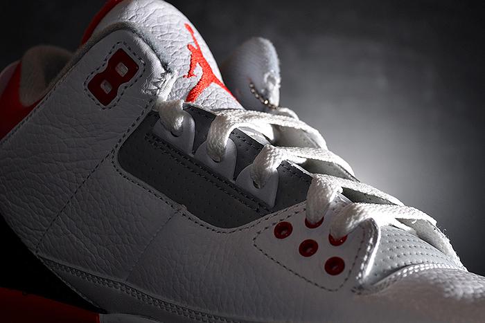 finest selection f8287 d26ed ... Air-Jordan-III-Fire Red-2013-Retro-03