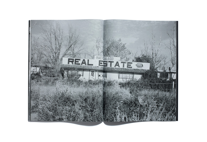 Bruce-Gilden-Foreclosures-By-Browns-Editions-09