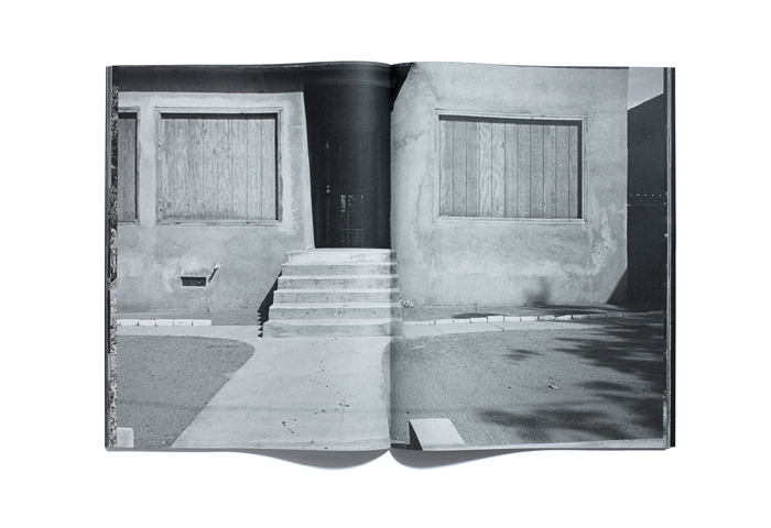 Bruce-Gilden-Foreclosures-By-Browns-Editions-10