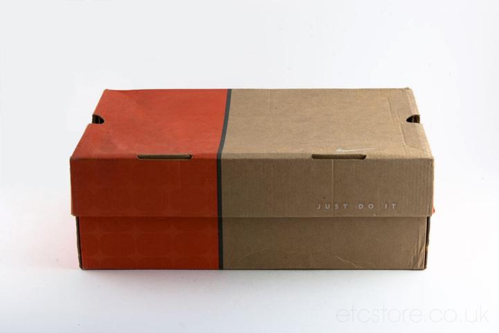 2000 Nike Air Max box