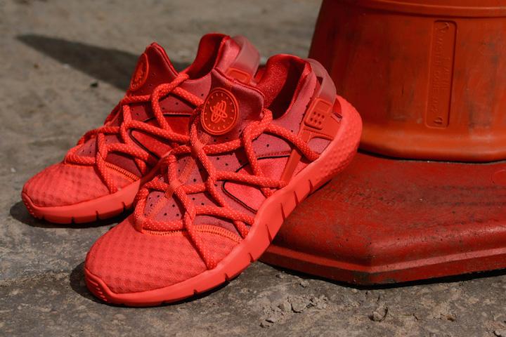 Nike-Air-Huarache-Hot-Lava-5