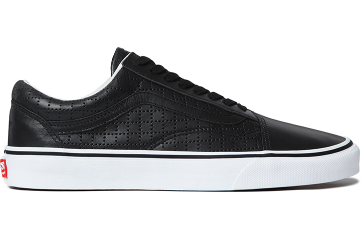 a4e578b86440f1 Supreme Vans Old Skool Perforated Leather pack 02 ...