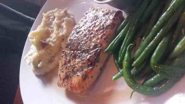 Grilled Atlantic Salmon at Houlihan's. #soeatingthis