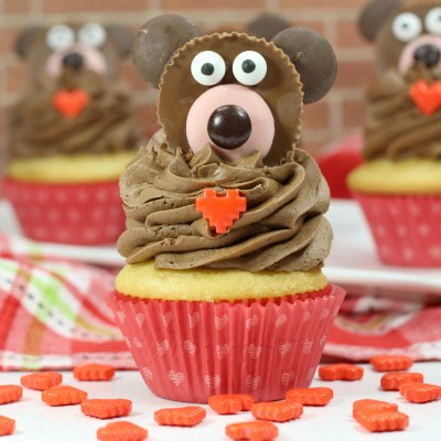 Valentine's Day Bear Cupcakes