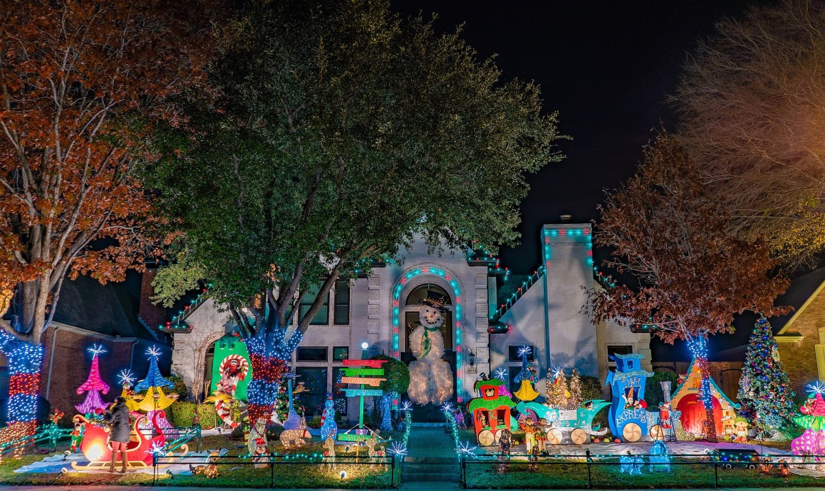 Highland Park Christmas Lights 2020 Where to View Christmas Lights In Dallas
