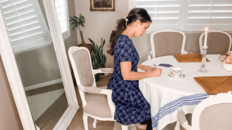Encouragement for homemakers from a traditional housewife and blogger
