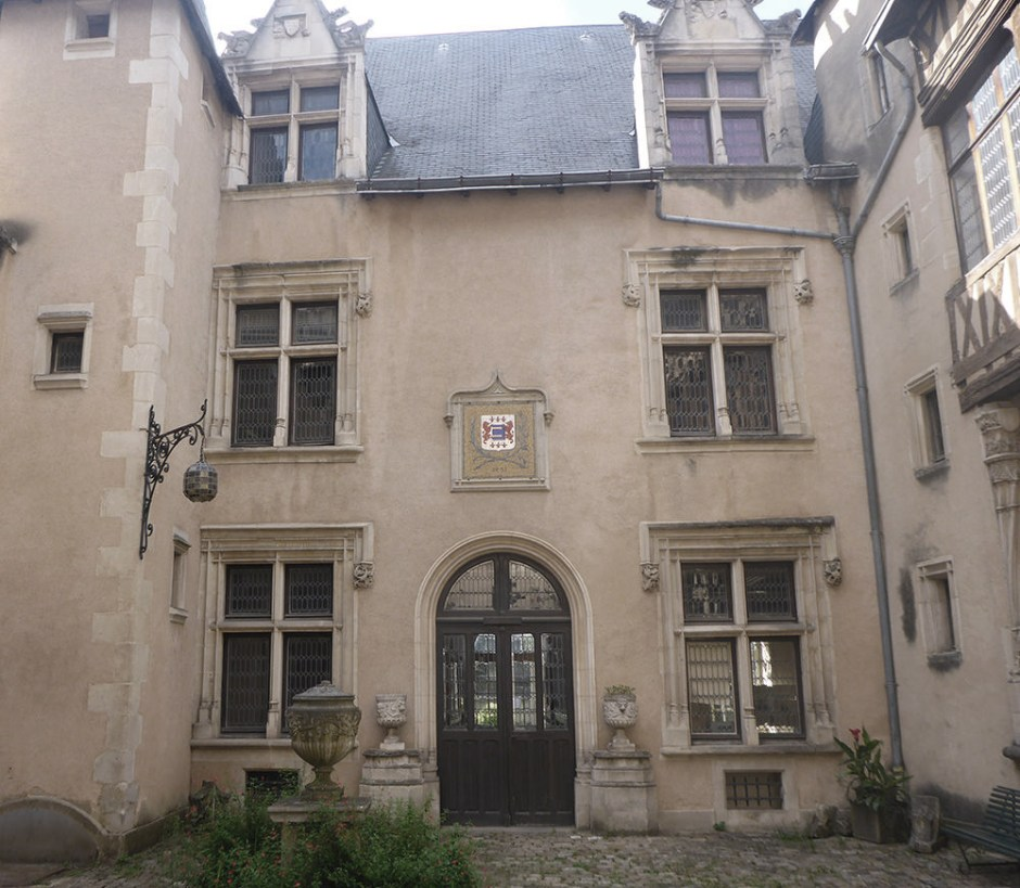 Poitiers, hotel Fumé