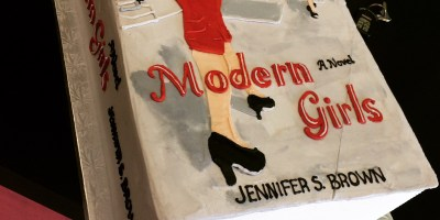 The MODERN GIRLS cake