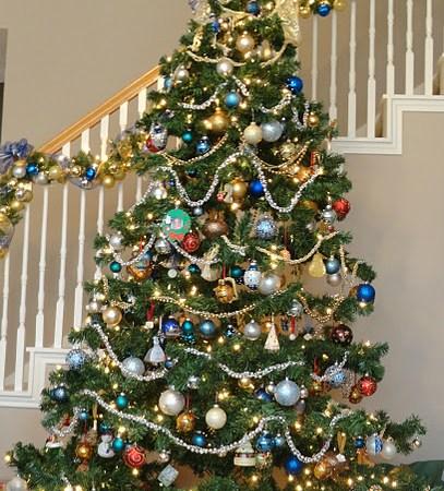 Family-Room-Christmas-1