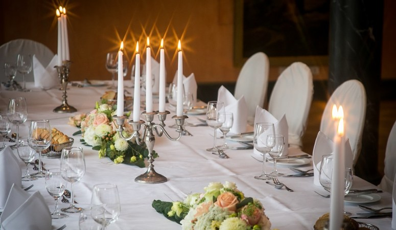 Tips to Make your Dining Room Dinner Party Ready