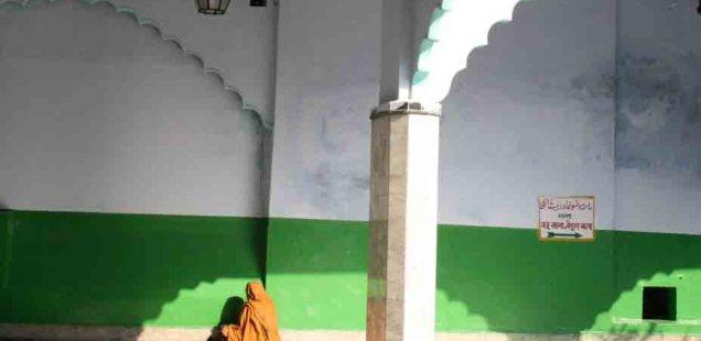 Atget's Corner – 381-385, Delhi Photos