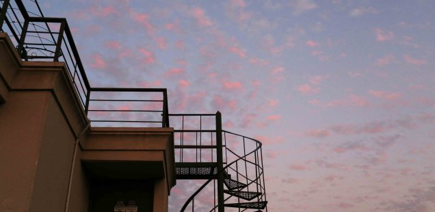 City Season - The Magical February Evening Sky, Central Delhi