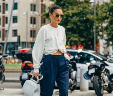 Get a fresh perspective with these sophisticated aviator-style sunglasses