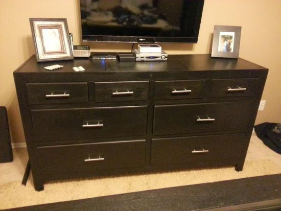 Reader Showcase for Dawson Extra Wide Dresser and Bedside Table Set