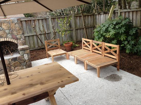 The Design Confidential Reader Showcase: DIY Chesapeake Hampstead Outdoor Sectional