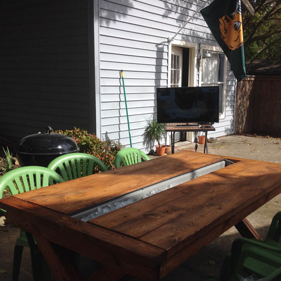 Free DIY Furniture Plans from The Design Confidential: Rustic Outdoor Table // Builders Showcase // An Outdoor Party Table with Built In Drink Cooler