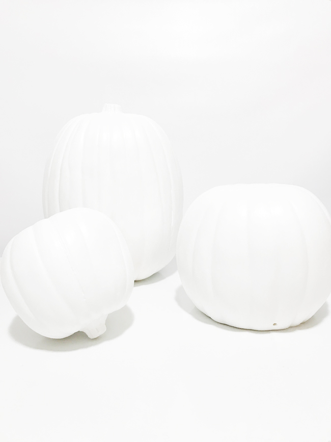 The-Design-Confidential-Michaels-Makers-Faux-Marble-Pumpkin