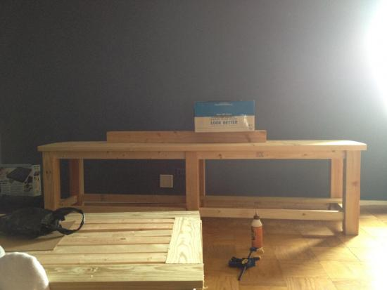 Free Woodworking Plans To Build A Potterybarn Inspired Chesapeake Coffee  Table