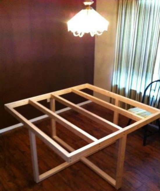 Free Woodworking Plans To Build A Cross Frame Dining Table