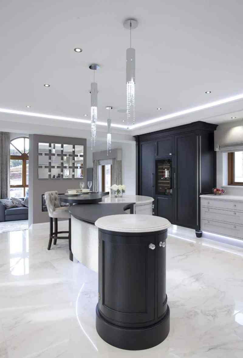 Kitchen design trends - Two-tone kitchen cabinets. Design by Darren Morgan