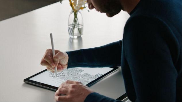 Should I start sketching on paper or Ipad Pro? | TIP 185