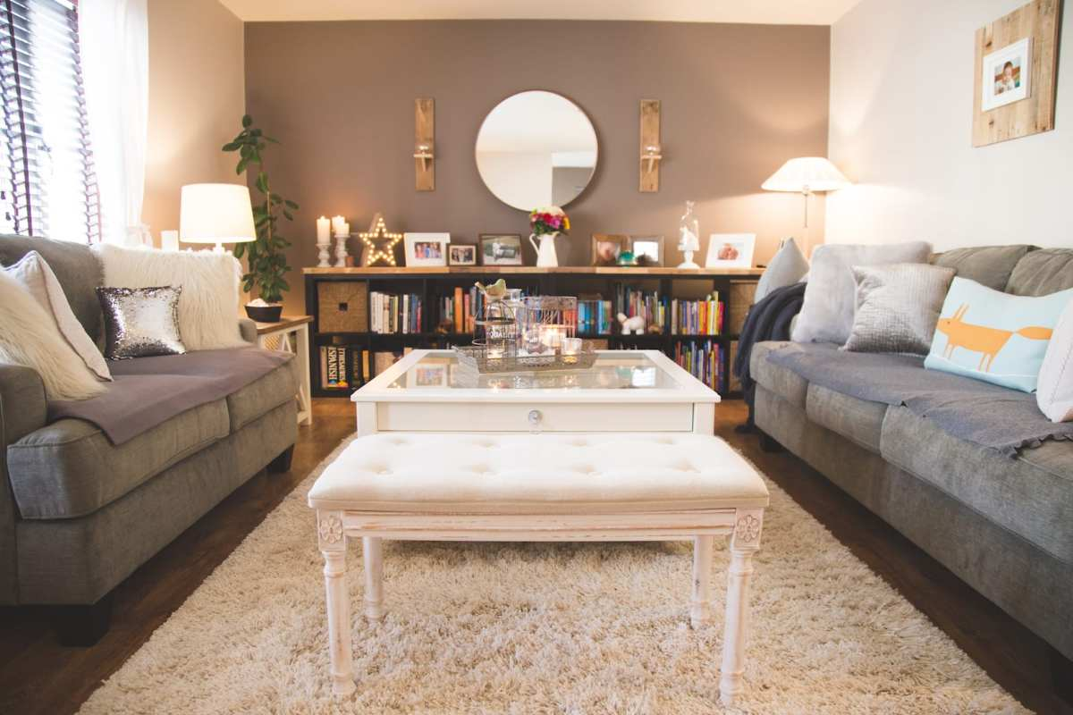 Franca's Living Room Makeover!