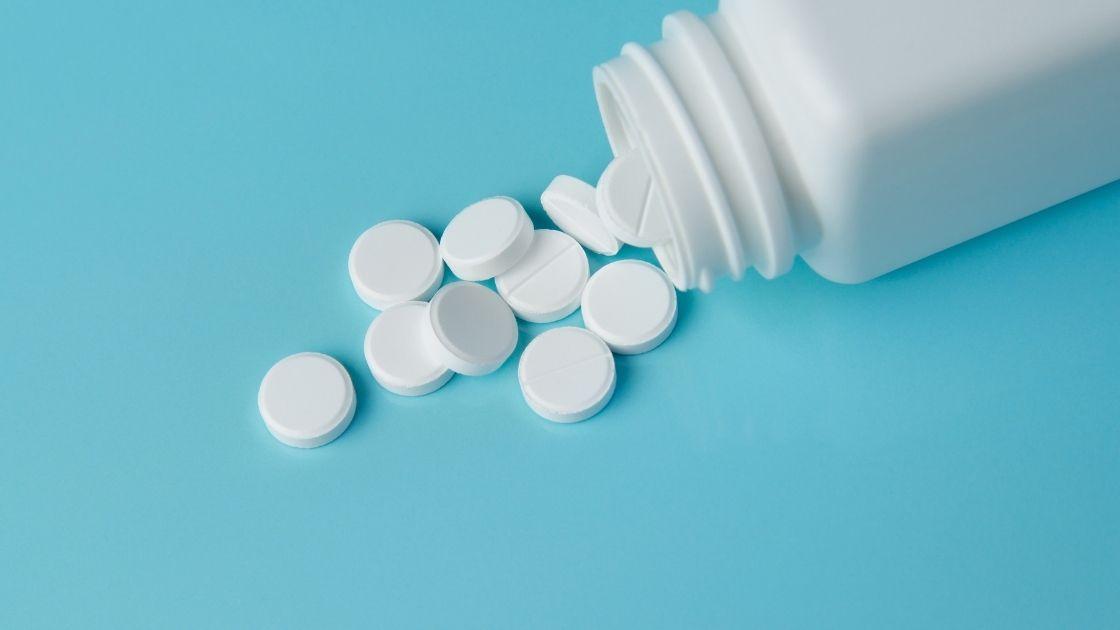 10 Aspirin Tricks Every Woman Should Know