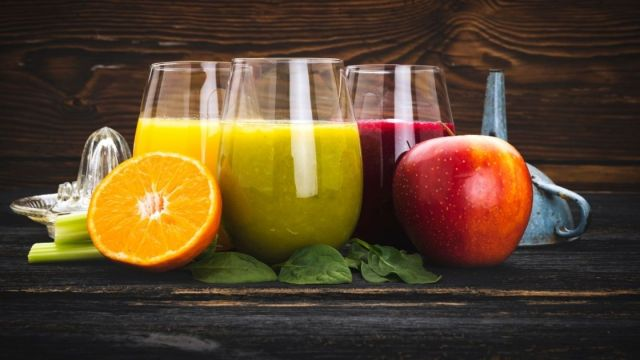 3 Natural Fat Burning Drinks For Flat Tummy