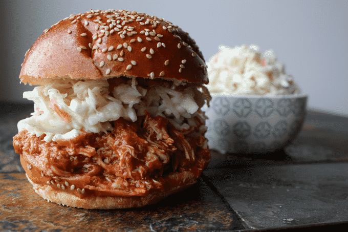 Healthy Crockpot chicken recipe. This BBQ pulled chicken recipe is sooo EASY and DELICIOUS. If you love BBQ chicken, you've got to make this. The Diet Chef #HealthyCrockpotrecipes #WeightWatchers