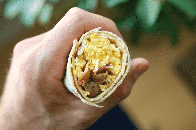 These healthy low calorie breakfast burritos are incredibly delicious, and don't taste _healthy_ at all. Each one is only 285 calories and has over 35g of protein