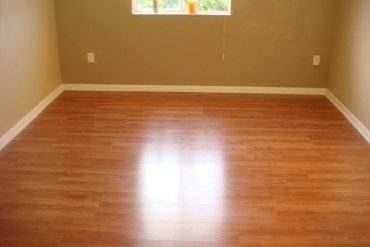 How to clean floor without mop