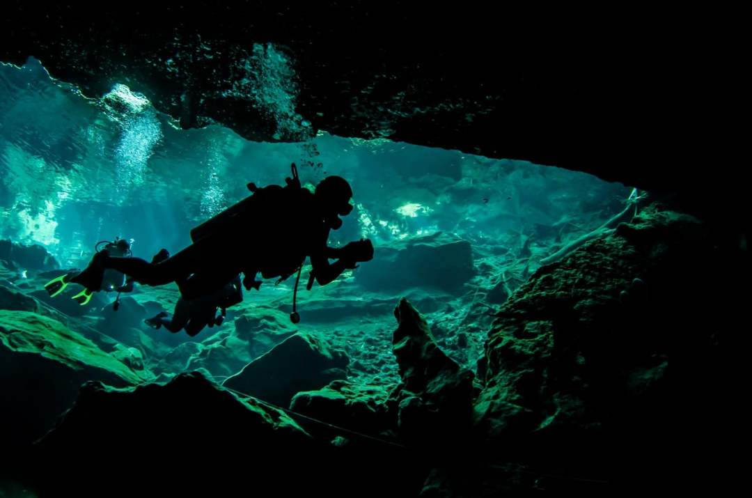Cenote Diving Mexico - An Awesome Travel Adventure