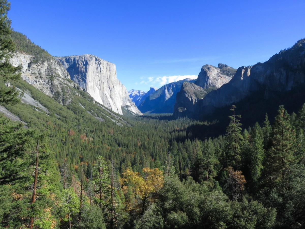 Yosemite Valley. West Coast USA Road Trip Guide. Everything you need to know to plan your Highway 1 road trip. Read now.
